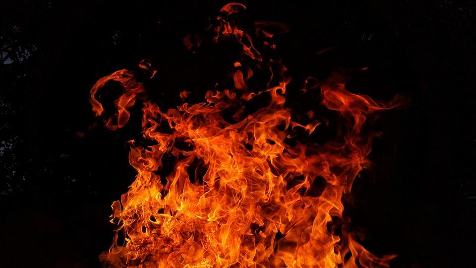 fire-2821775_960_720