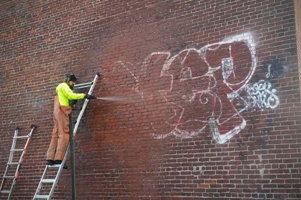dustless blasting brick graffiti