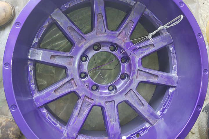 purple painted wheel