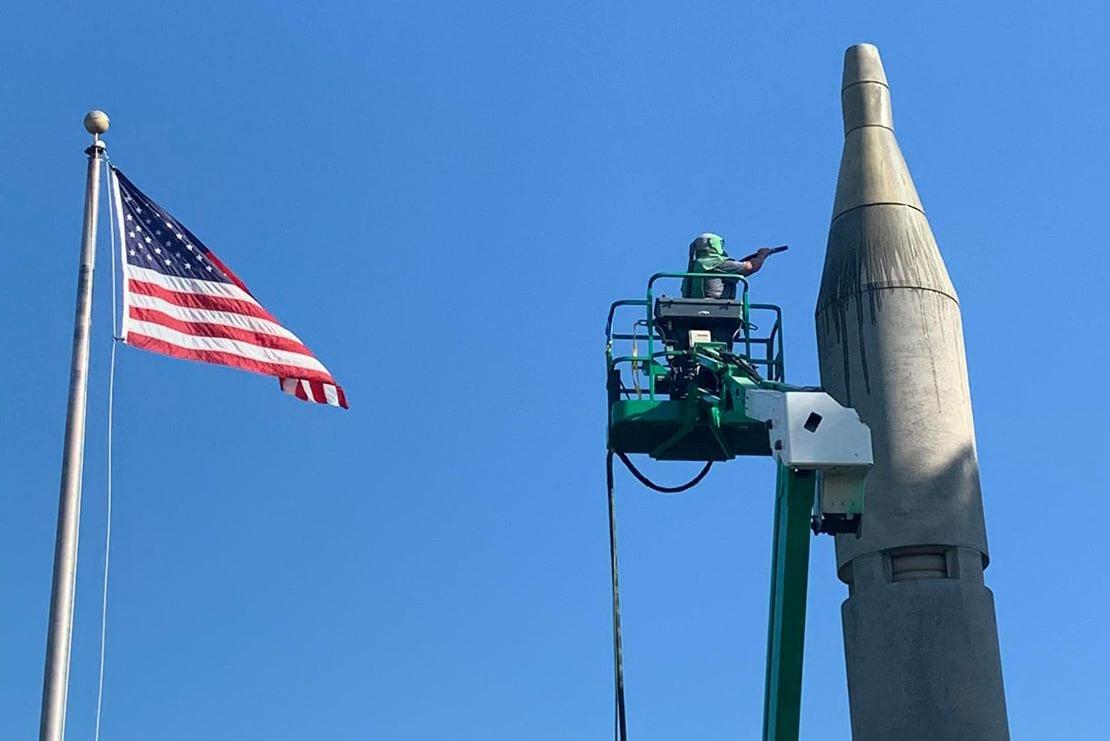 Heath-Allen-Grissom---ALE-Surfacing-LLC---Virgil-I-Gus-Grissom-memorial-rocket-monument---14