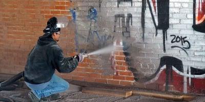 banner-graffiti-removal