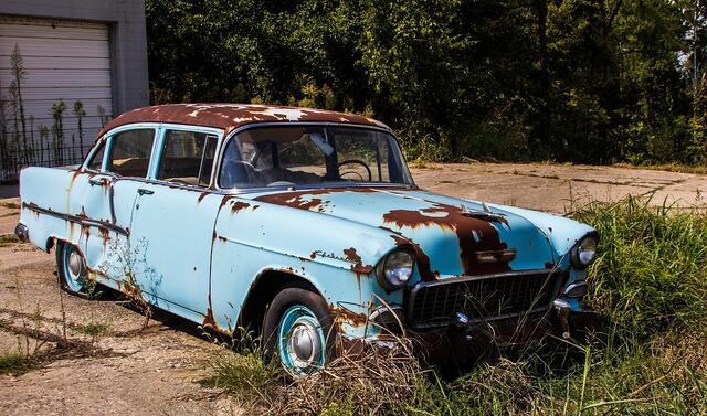 old-rusty-car.jpg