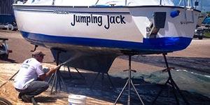 abrasive blasting a boat hull