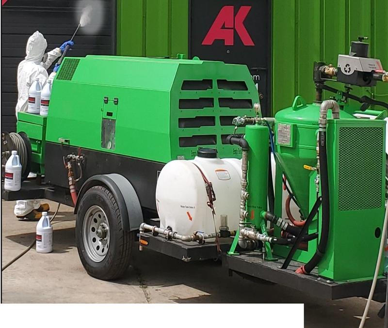 masked-db-sprayer-equipment